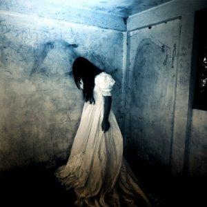 Hungarian-games-Haunted-room